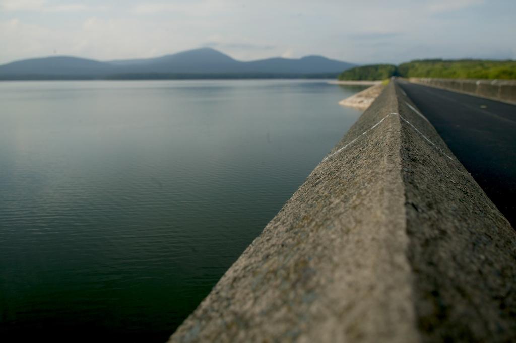 F1AV0696-764501 Ashokan Reservoir, Ulster County, NY