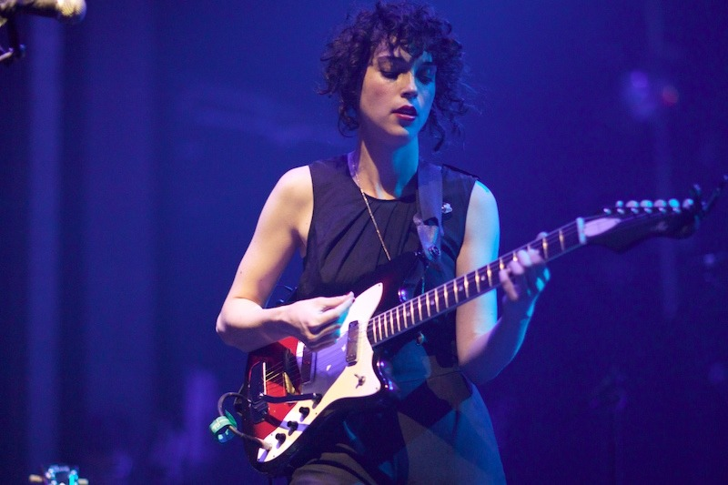 st-vincent-annie-clark-live-photo-6 Annie Clark as St. Vincent webster hall st vincent bowery presents annie clark
