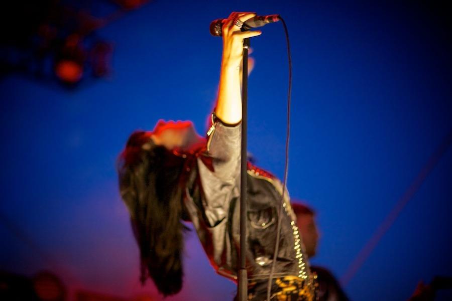 Sleigh Bells © Photo Gregg Greenwood (16)