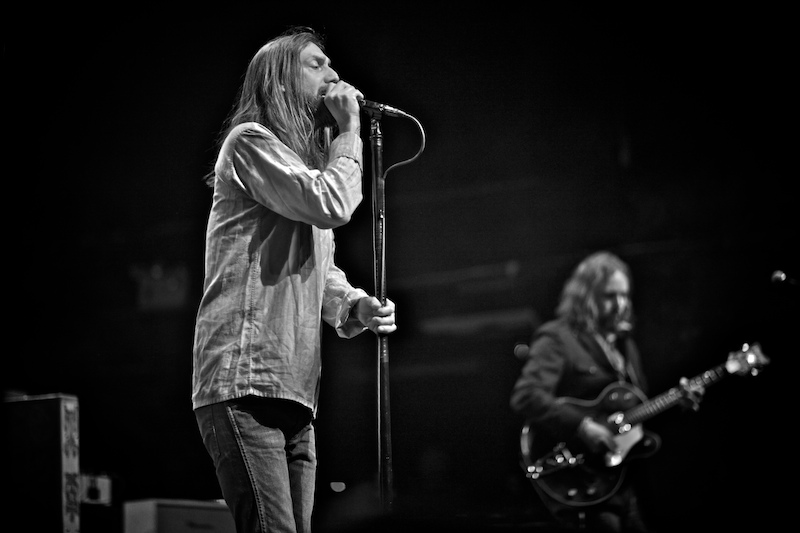The-Black-Crowes-Gregg-Greenwood-6 The Black Crowes terminal 5 chris robinson black crowes