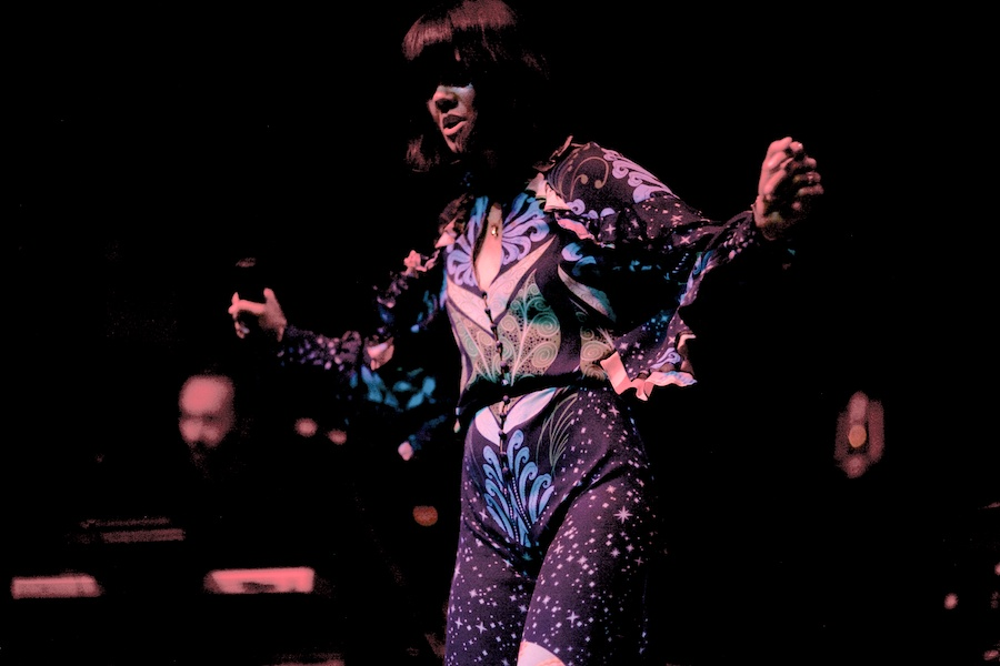 Bat For Lashes © Gregg Greenwood (2)