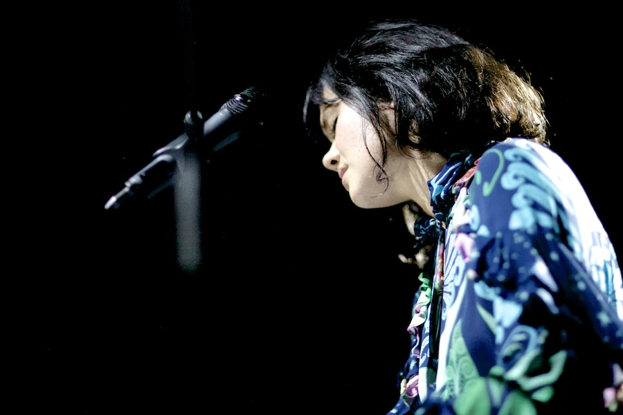 Bat For Lashes © Gregg Greenwood (6)