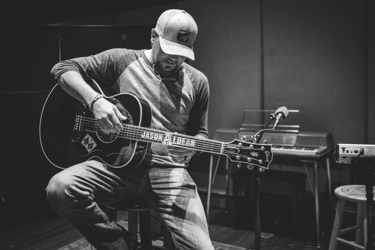 IMG_1162 Jason Aldean spotify singles spotify recording studio jason aldean