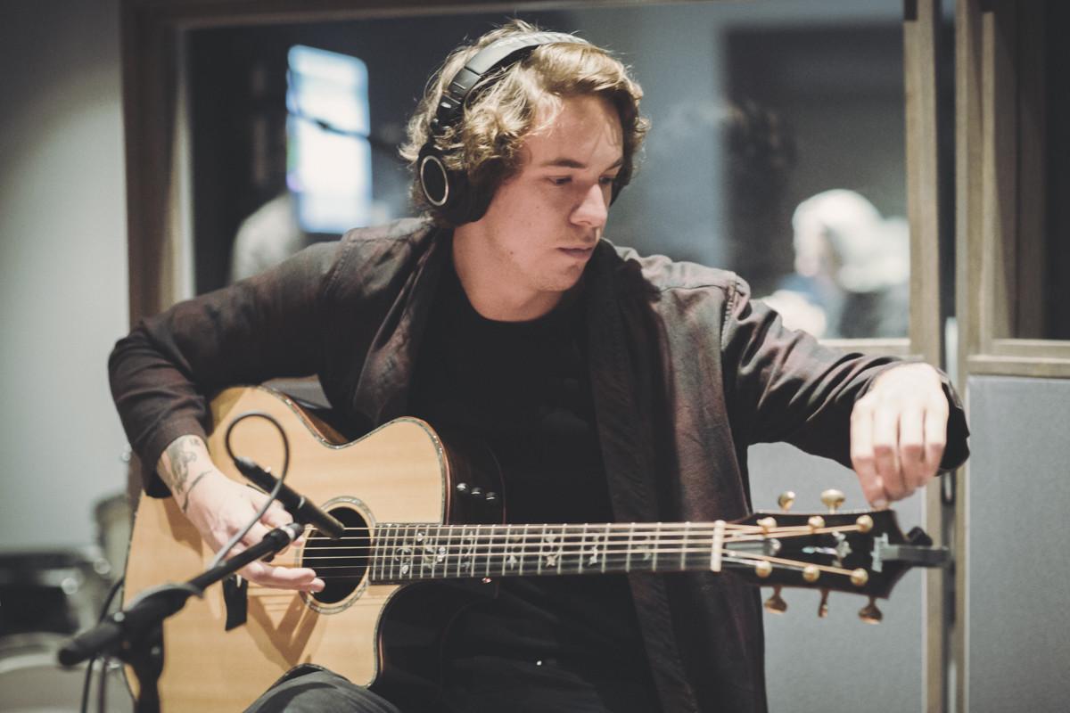 IMG_1791 Frank Carter spotify singles spotify recording studio frank carter
