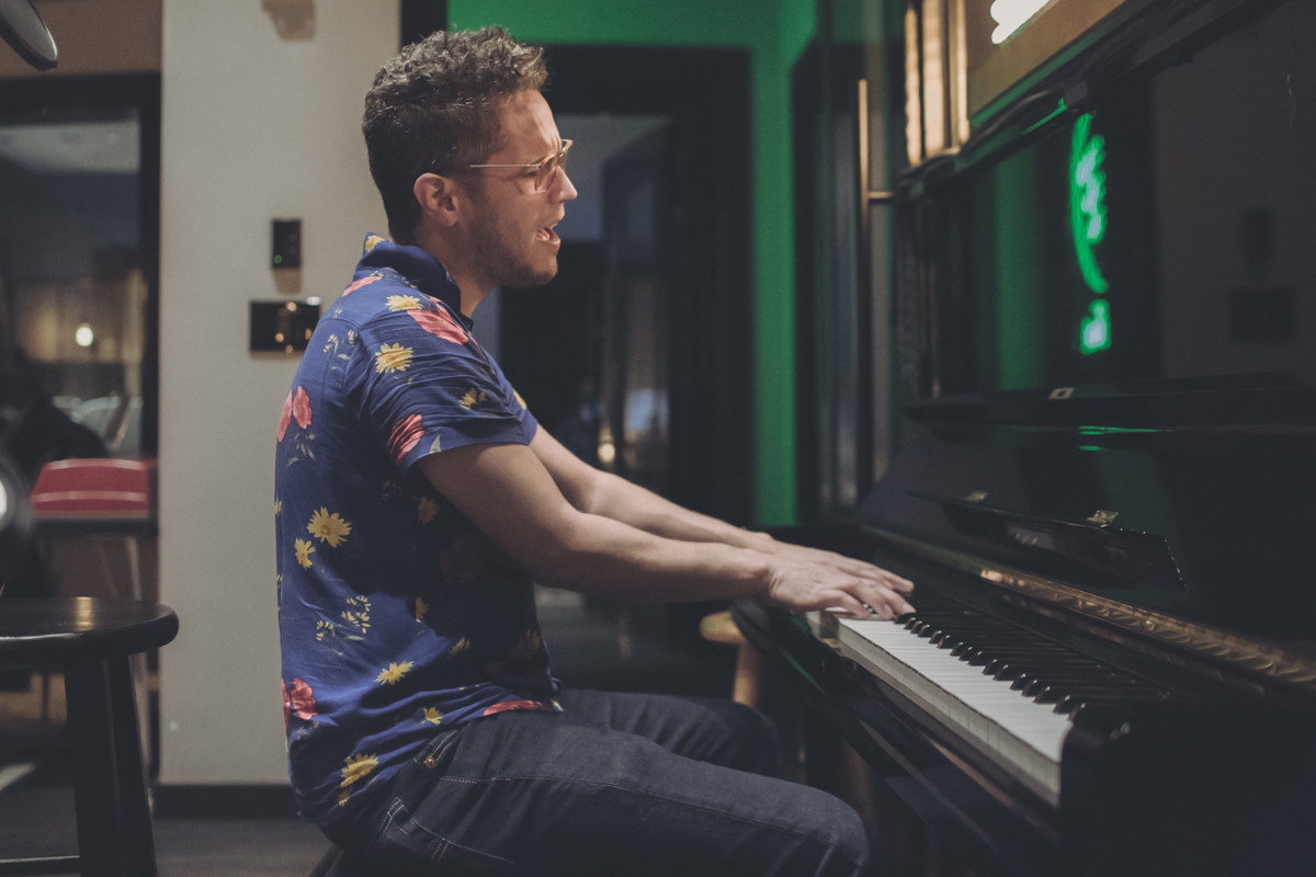 IMG_8562 Vicente García - Spotify Singles Vicente García spotify singles spotify recording studio