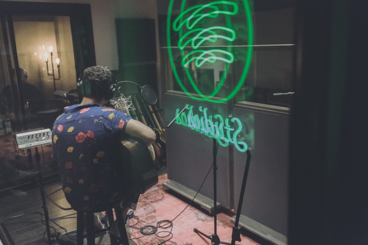 IMG_8971 Vicente García - Spotify Singles Vicente García spotify singles spotify recording studio