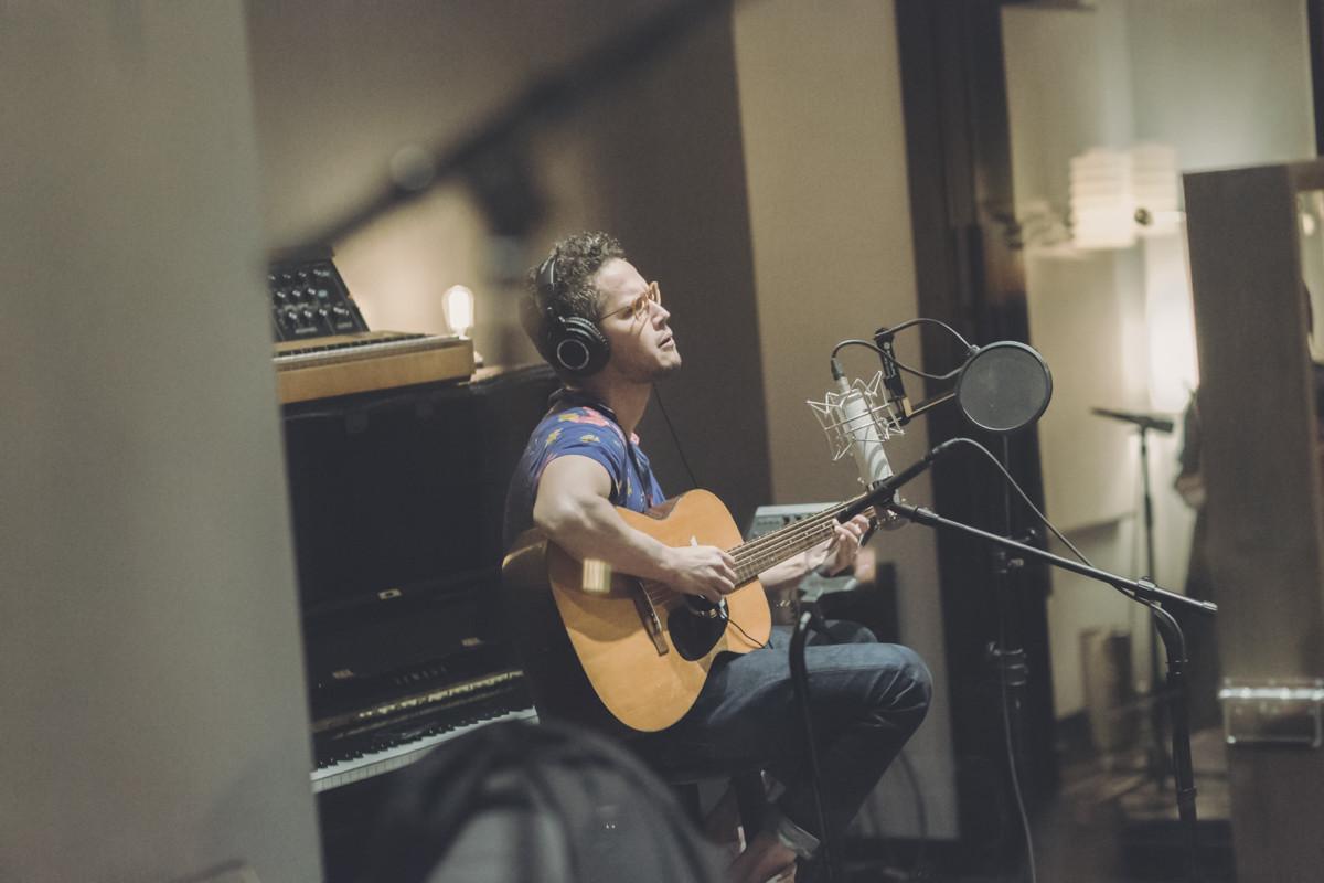 IMG_8996 Vicente García - Spotify Singles Vicente García spotify singles spotify recording studio
