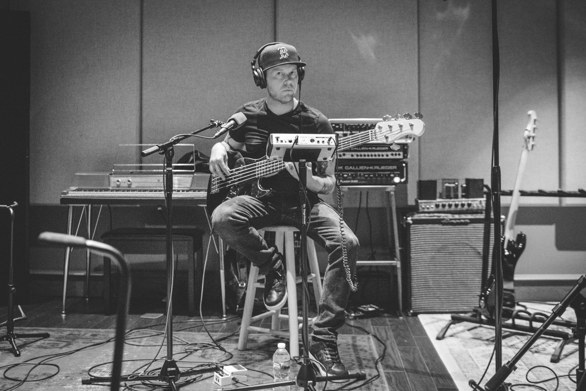 IMG_1131 Jason Aldean spotify singles spotify recording studio jason aldean