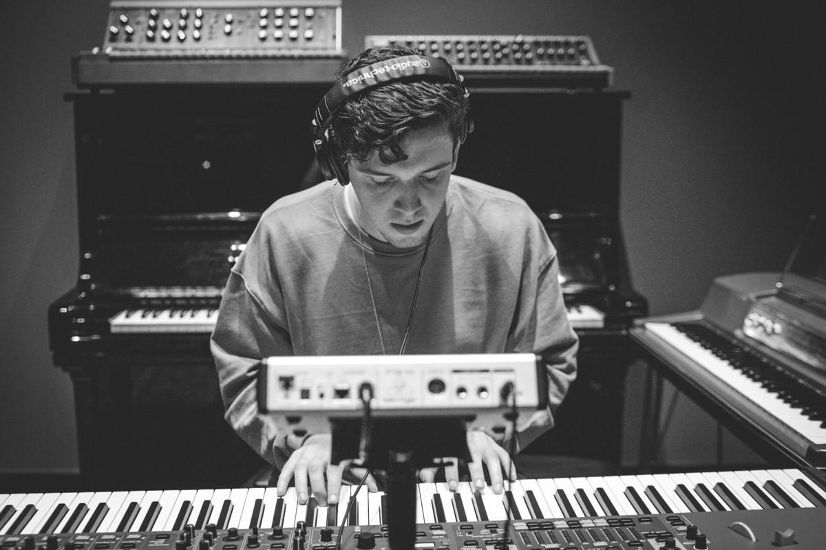 IMG_2750 Lauv spotify singles spotify recording studio lauv