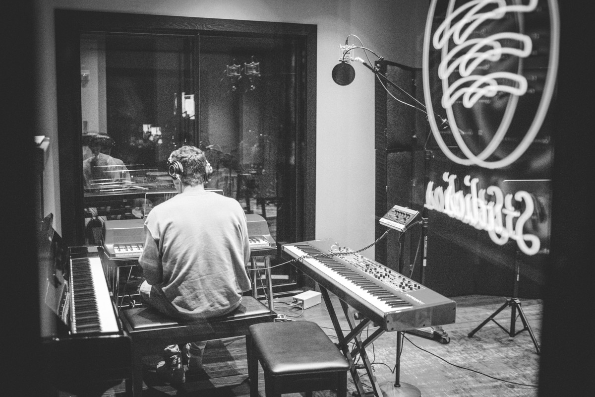 IMG_2811 Lauv spotify singles spotify recording studio lauv